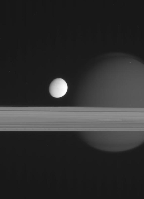 Kodėl mėnuliai yra palydovai, o ne planetos